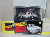 James Bond Aston Martin Model 04204